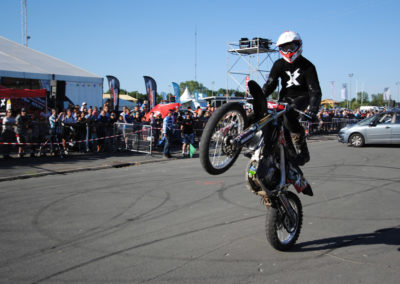 cyril bourny moto cross wheeling roue arriere