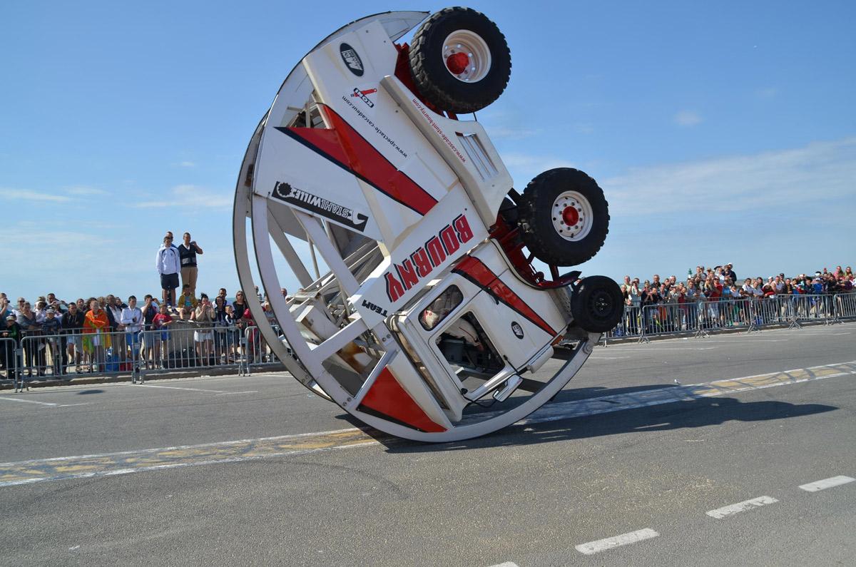 looping truck 360 calais