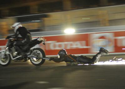 Glissade infernale derrière une moto